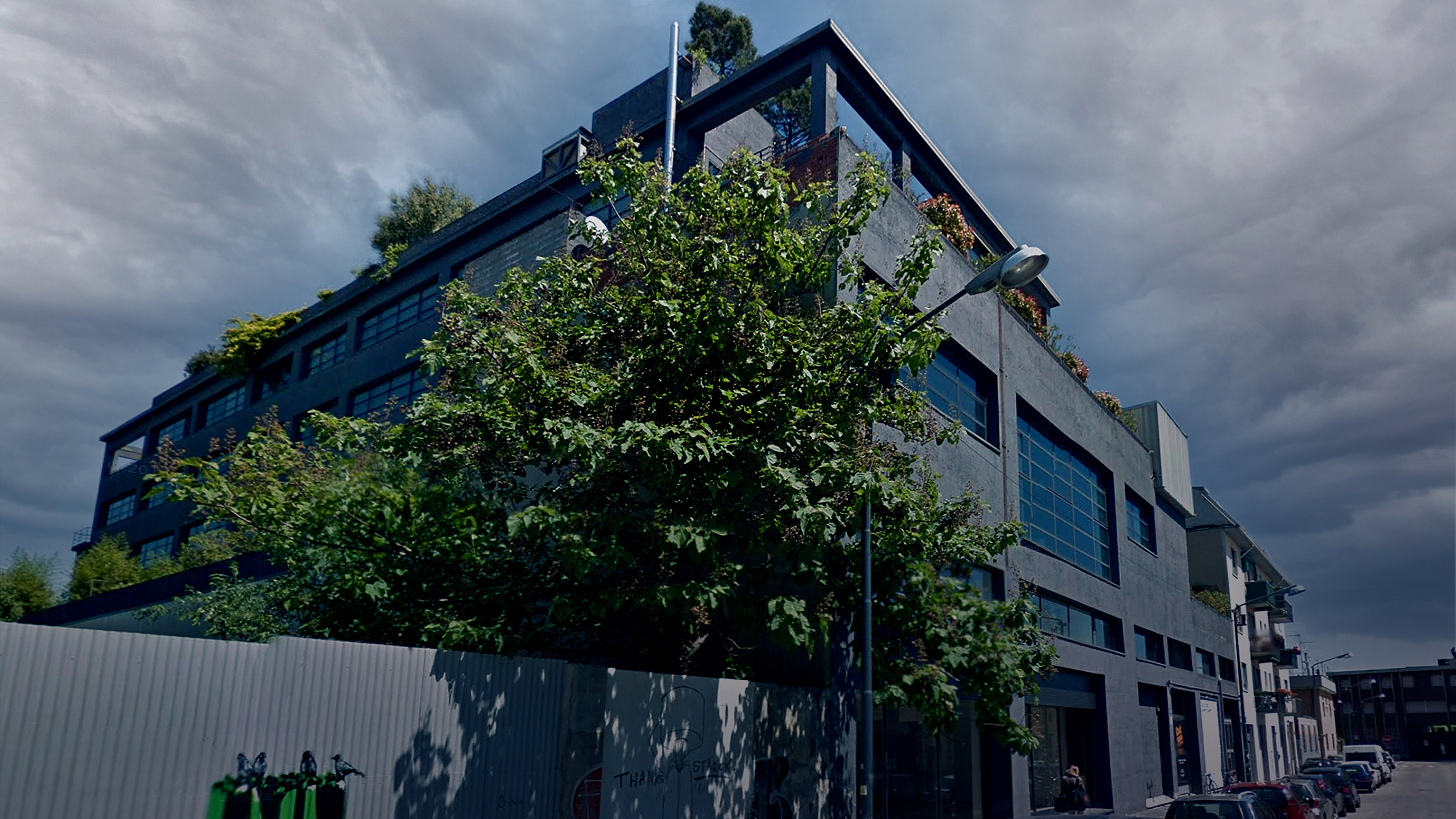 L'edificio di logotel